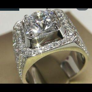 New men's white sapphire ring
